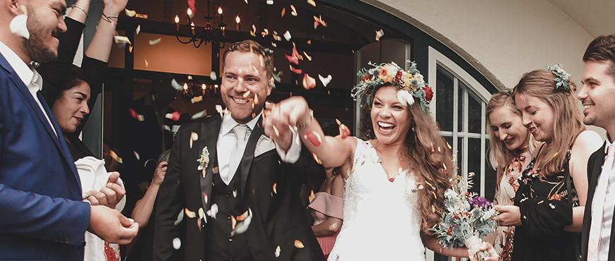 Trucos-quedar-bien-con-quienes-no-invitas-a-tu-boda