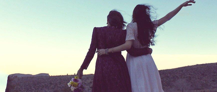 cinco-cosas-que-regalarle-a-la-novia-cuando-se-trata-de-tu-mejor-amiga