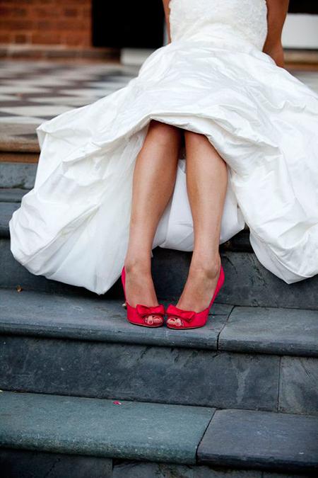 sorpréndete! las ideas más originales para tus zapatos de novia | la